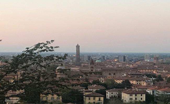 bologna vista da San Michele in Bosco